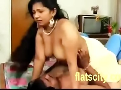 Hot Aunty Yellow saree