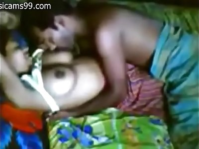 INDIAN - Village Couple having Sex
